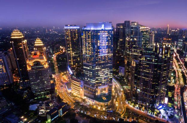 Bertahan Hidup Di Jakarta Hanya Dengan 25 Ribu Sehari ?