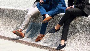 Ini Yang Terjadi Ketika Memakai Sepatu Tanpa Kaos Kaki