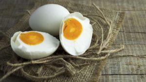 Alasan Mengapa Telur Asin Dibuat Dengan Telur Bebek